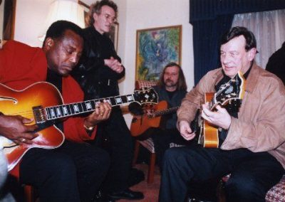 Trefor Owen jamming with George Benson