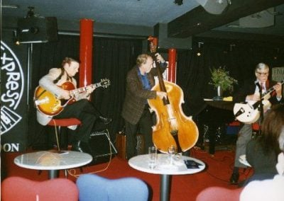 Trefor Owen with Mundell Lowe and Len Skeet (bass) at the Pizza Express, London